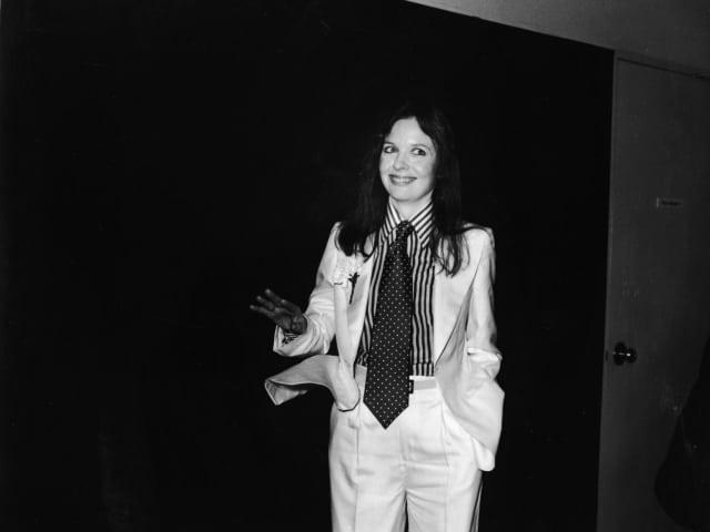 Актриса Дайан Китон, 1977. Потому что все до сих пор считают ее героиню в фильме Вуди Аллена «Энни Холл» иконой стиля