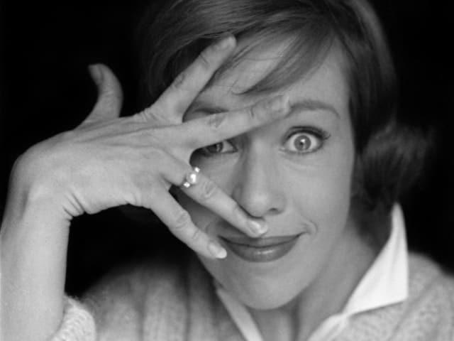 Комедийная актриса Кэрол Барнетт, 1969. Потому что доказала, что юмор тоже может быть it.