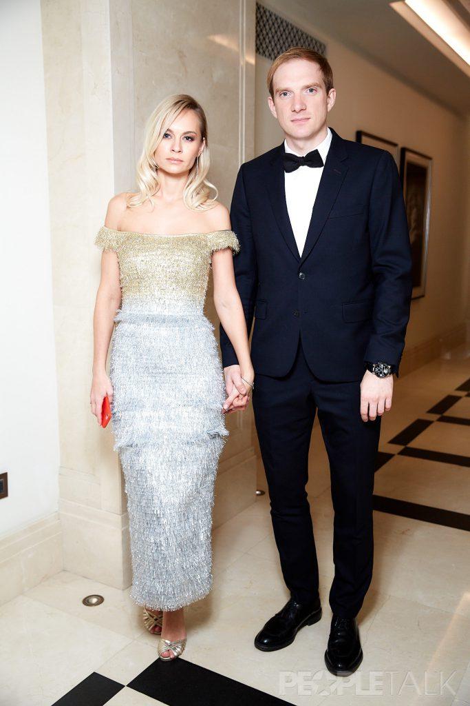 Андрей Бурковский с супругой