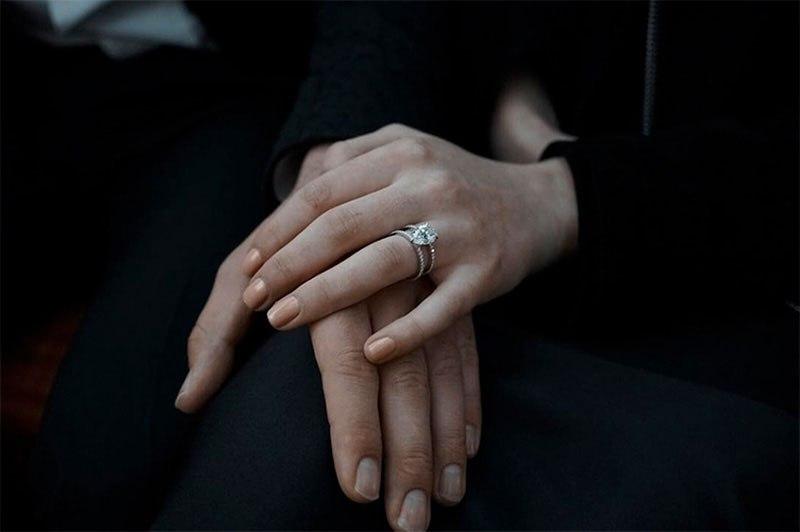 Aктер и певец Джо Джонас сделал предложение актрисе Софии Тернер, с которой встречается год