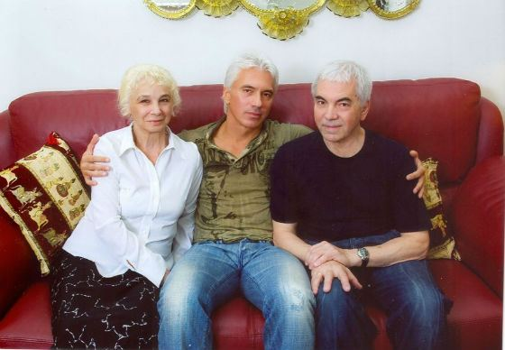Хворостовский с родителями