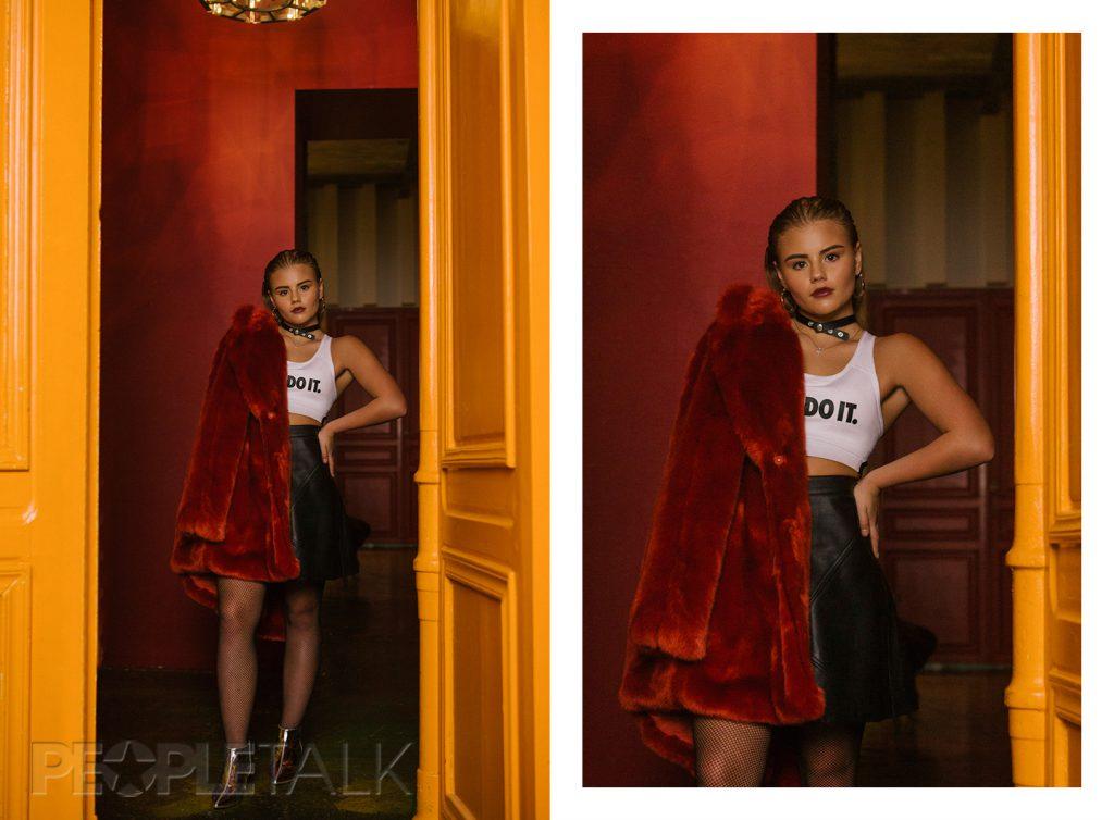 Шуба, H&M; Топ, Nike; Юбка, Zara; Украшения,колготки, H&M; Ботильоны, Bershka