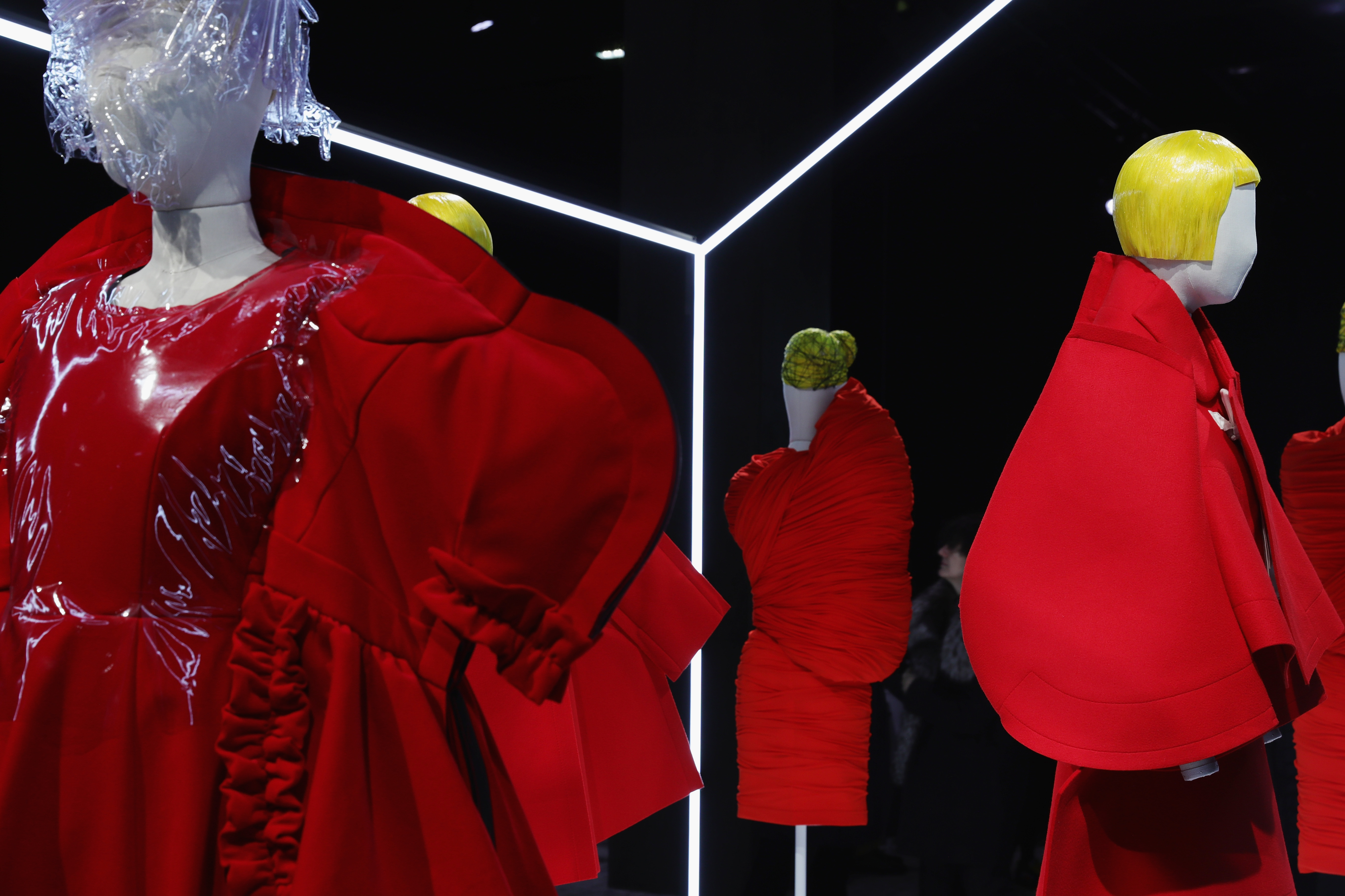 выставка Comme Des Garcons