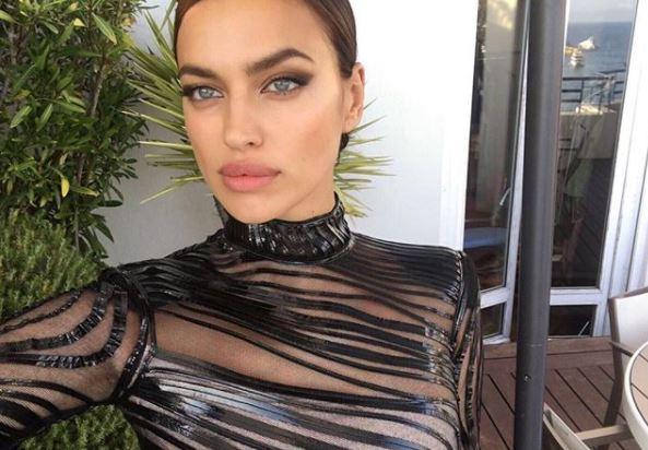 Ирина Шейк (32) уверена, главный секрет ее красоты – это натуральные губы. Кстати, для их макияжа она использует, как правило, нюдовый блеск без шиммера.