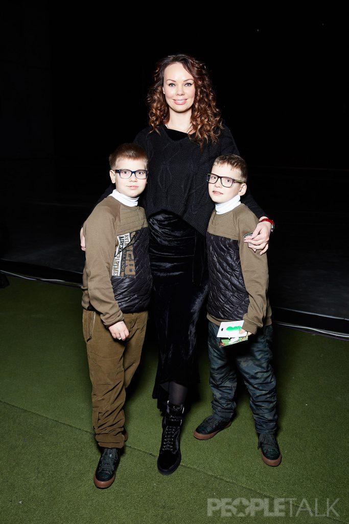 Мария Фролова с детьми