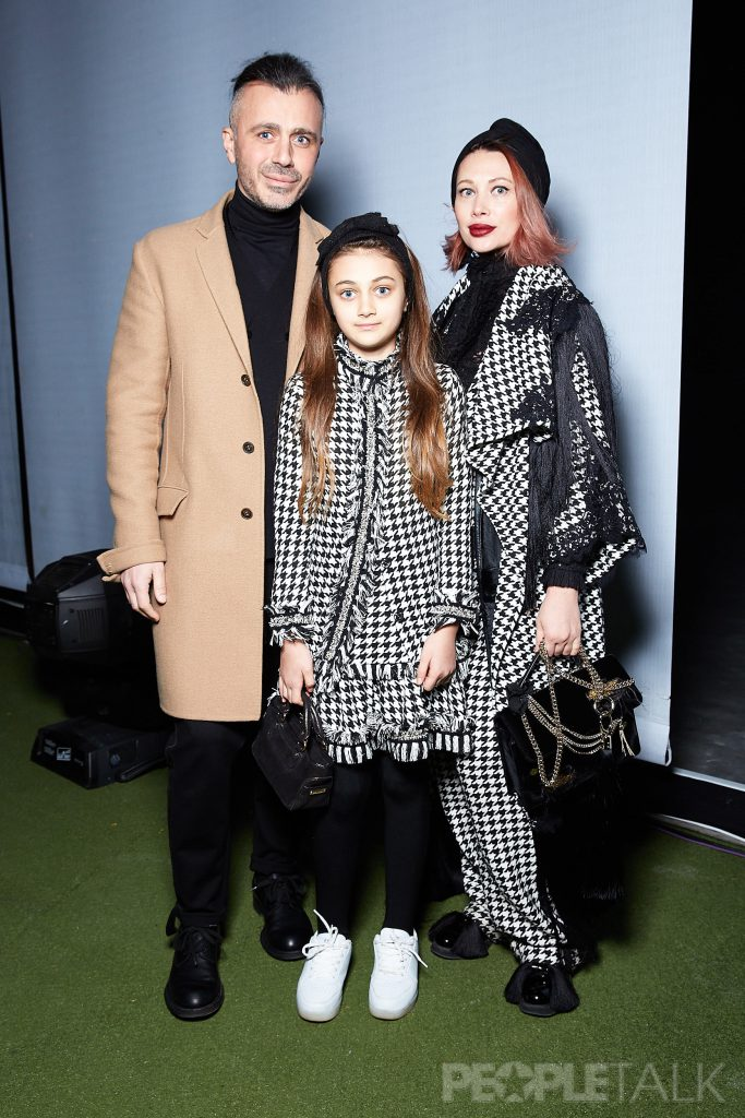 Александр Сирадекиан и Елизавета Шарикова с дочерью Эммануэль