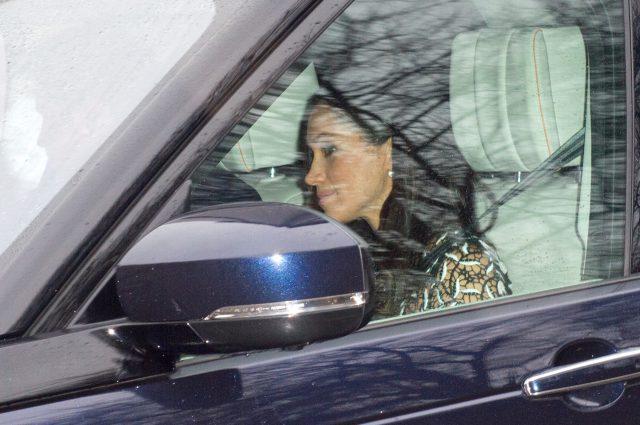 Меган Маркл по пути на ланч королевы Елизаветы II