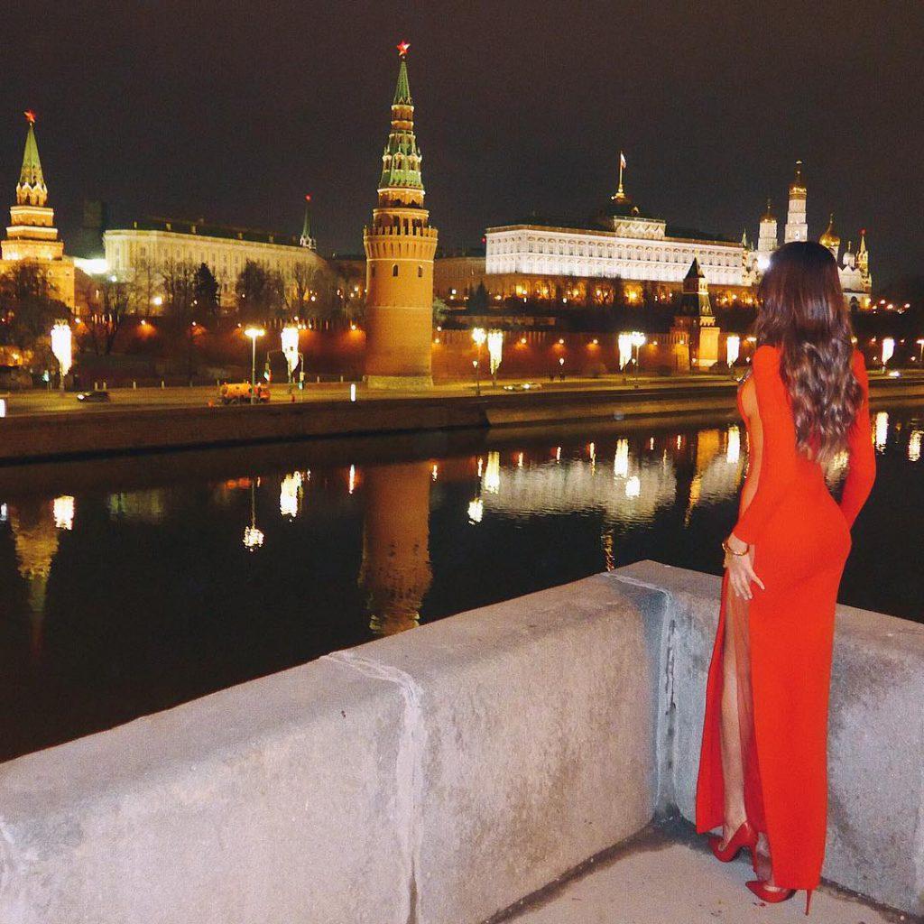 Анастасия Решетова встретила 1 января в центре Москвы