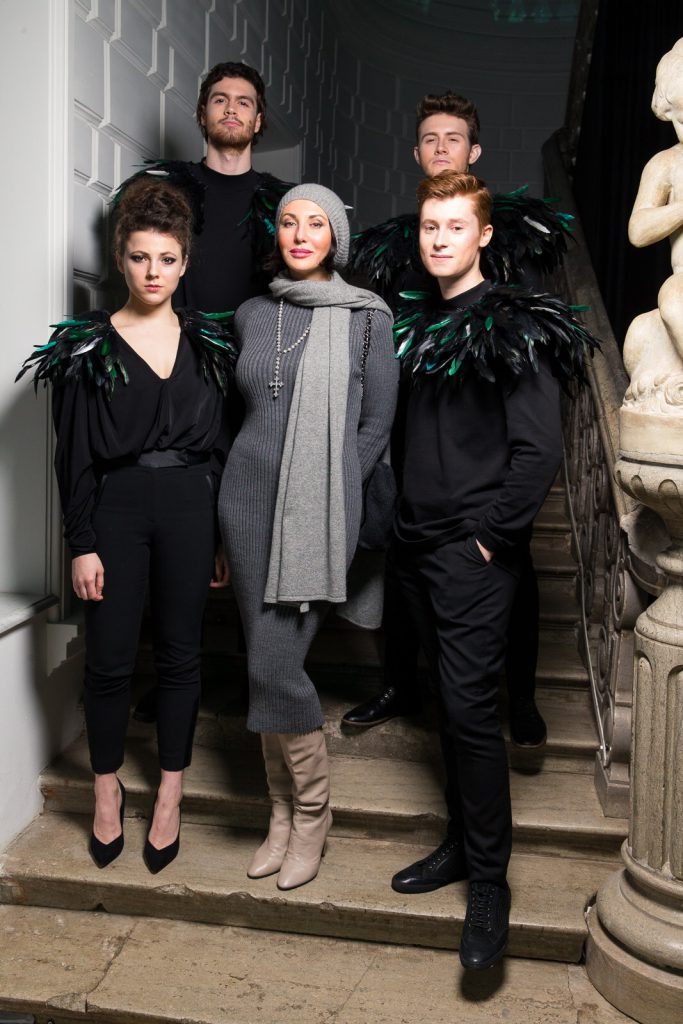 Алика Смехова с актерами
