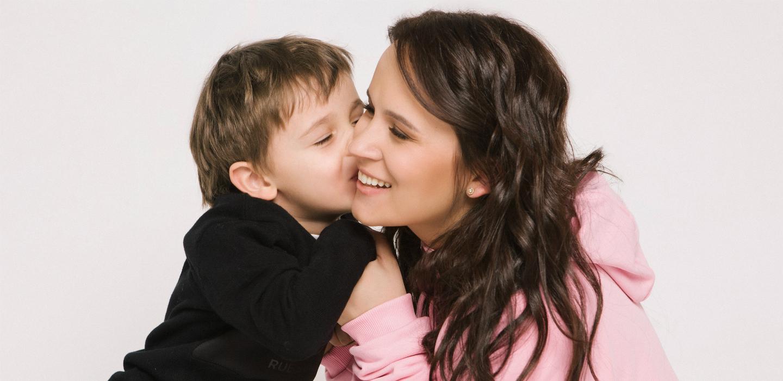 Мама может: жена L'One Анна Горозия о семье, муже и принципах воспитания детей