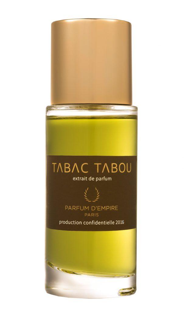 Tabac Tabu от Parfume D'Empire (13 200 р.) с яркими нотами табака и кожи – понравится всем, кто любит запах сигар и костра.