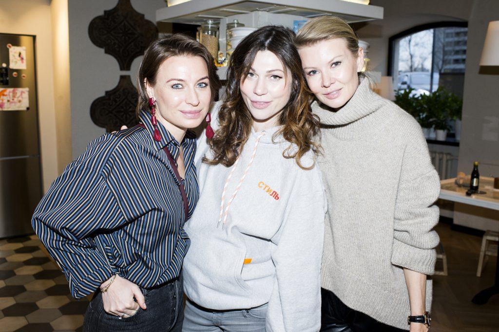 Анастасия Рябцова, Евгения Линович и Виктория Борисевич