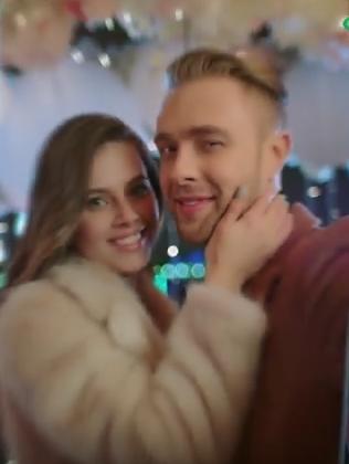 Ольга и Егор в рекламе телефона