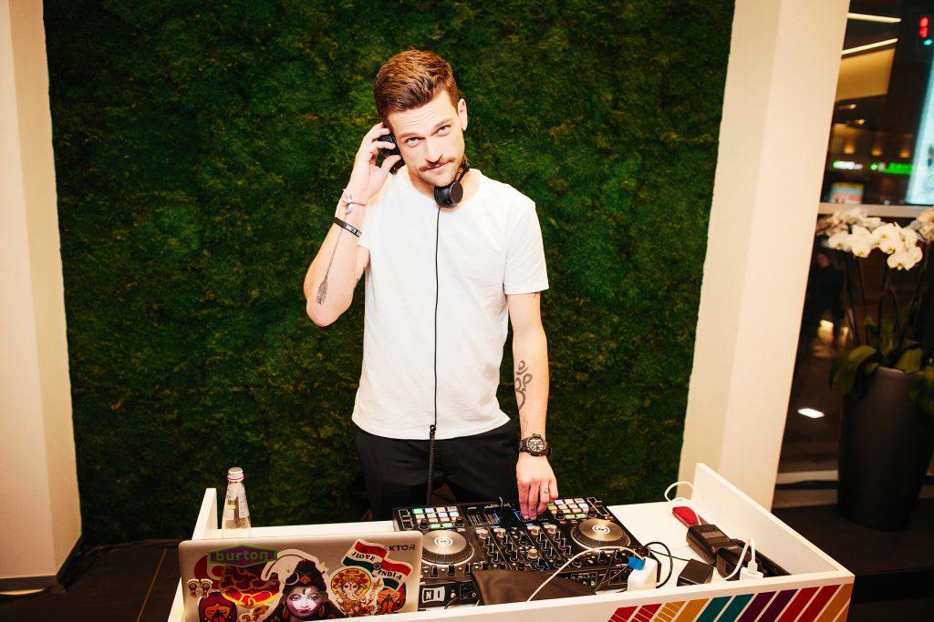 DJ Кирилл Нагиев