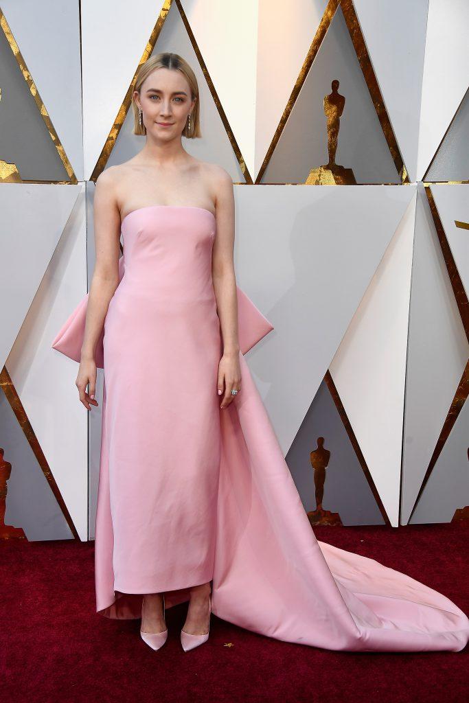 Сирша Ронан в платье Calvin Klein