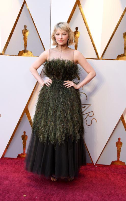 Хейли Беннет в платье Christian Dior