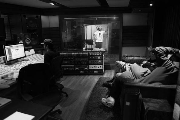Леван в студии Quad; @l_one_mars