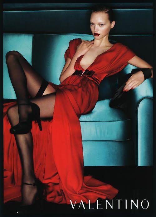 Джемма до набора веса в рекламной кампании Valentino
