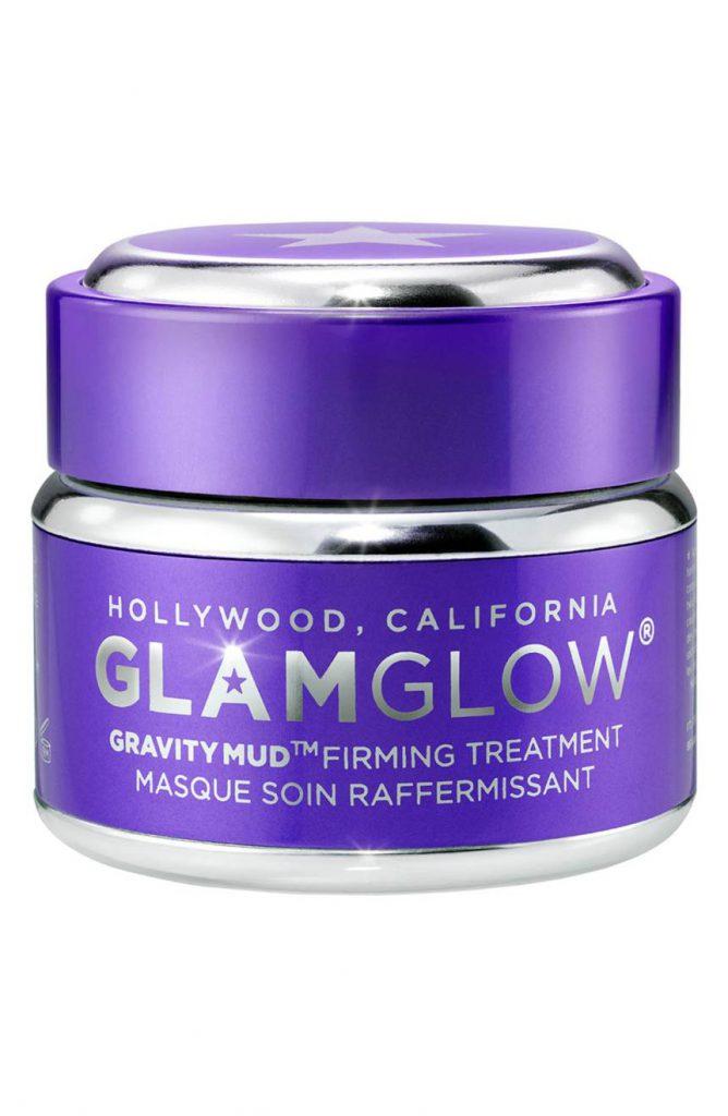 Маска Glamglow Gravitymud Firming Treatment, 69 $ – идеально очищает кожу.