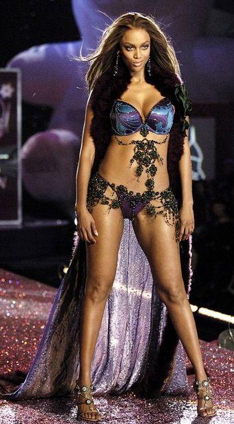 Тайра Бэнкс на шоу Victoria's Secret