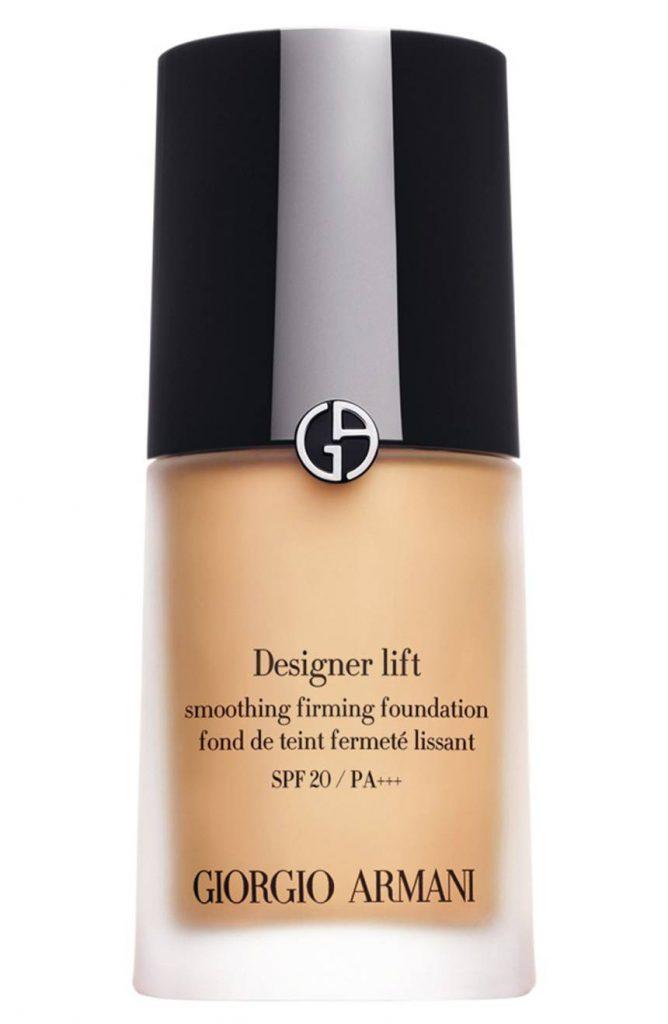 Тональный крем Giorgio Armani Designer Lift Smooth Firming Foundation SPF 20,67 $ – маскирует все мелкие несовершенства на коже.