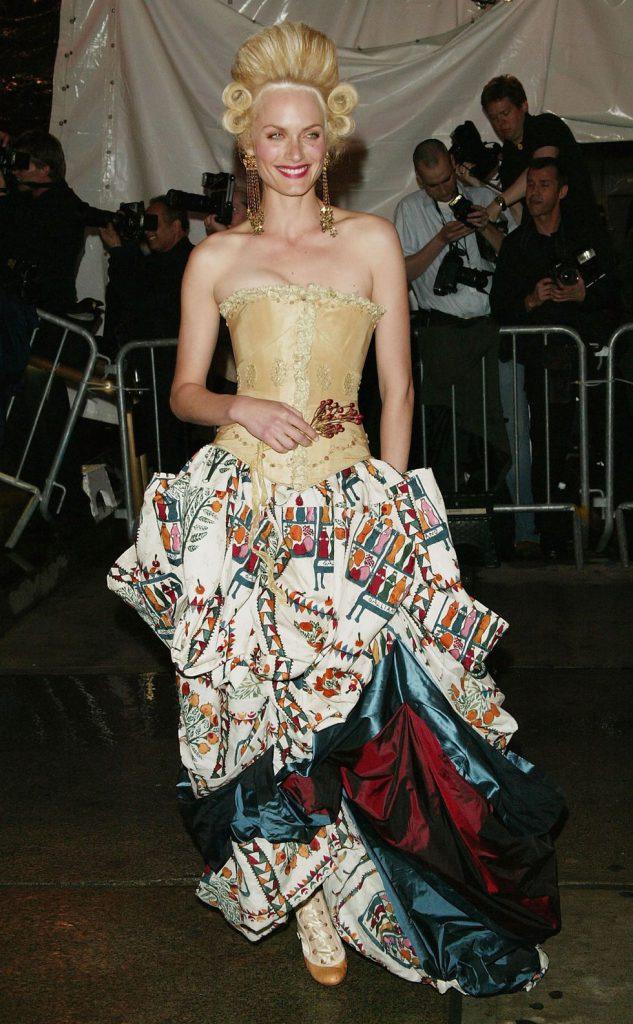 Амбер Валетта, 2004 год