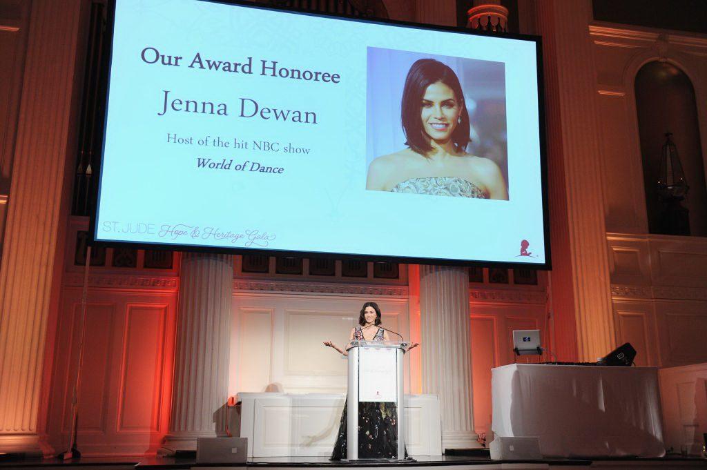 Дженна Деван на гала-вечере St. Jude Hope & Heritage Gala в Нью-Йорке