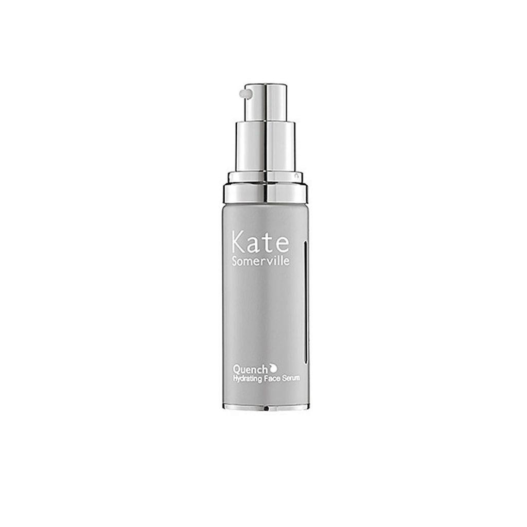 Увлажняющая сыворотка Kate Somerville Quench Hydrating Face Serum, 75 $ – поддерживает нужный уровень влаги в коже и тем самым предотвращает появление морщин.