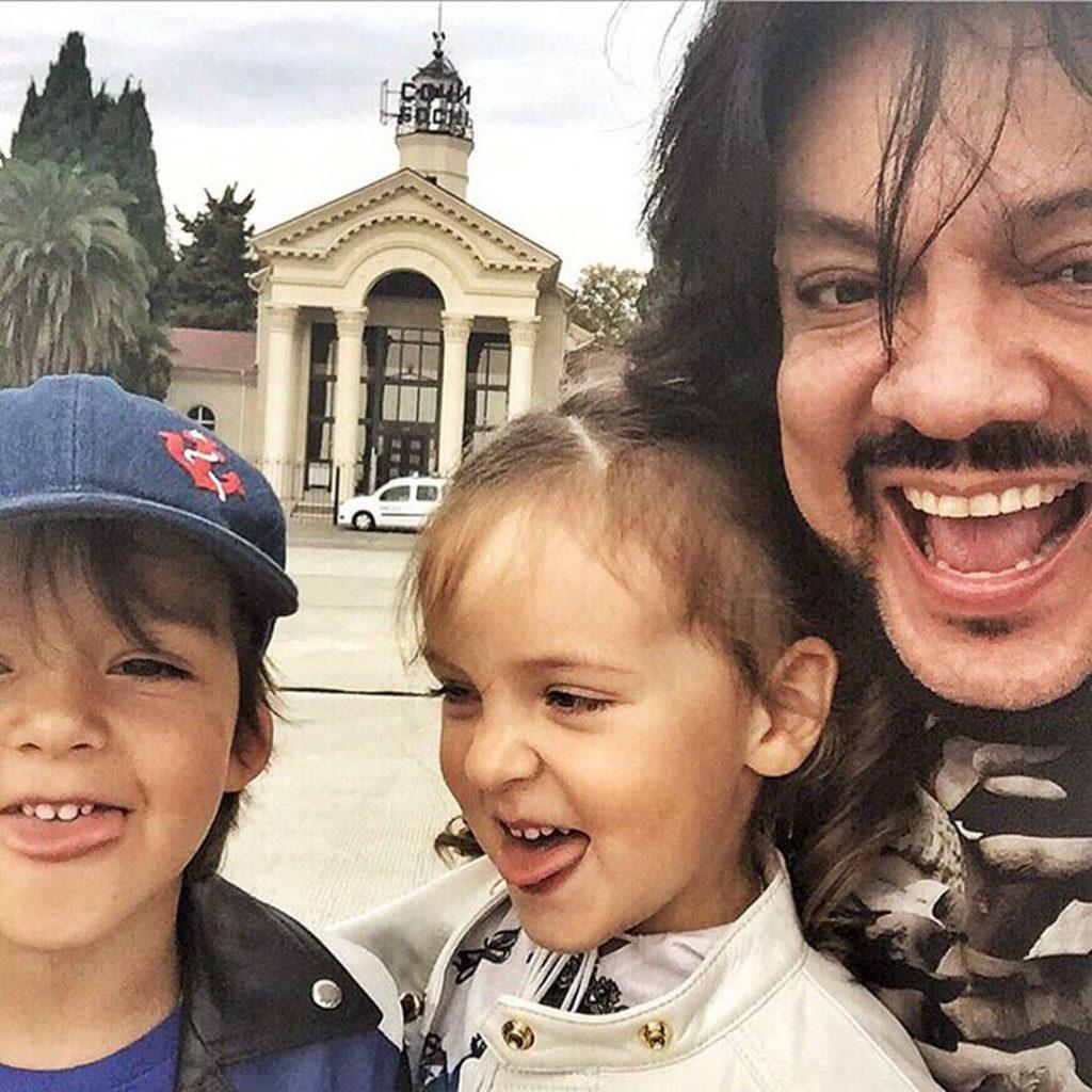 Филипп Киркоров с сыном Мартином Кристином и дочерью Аллой Викторией