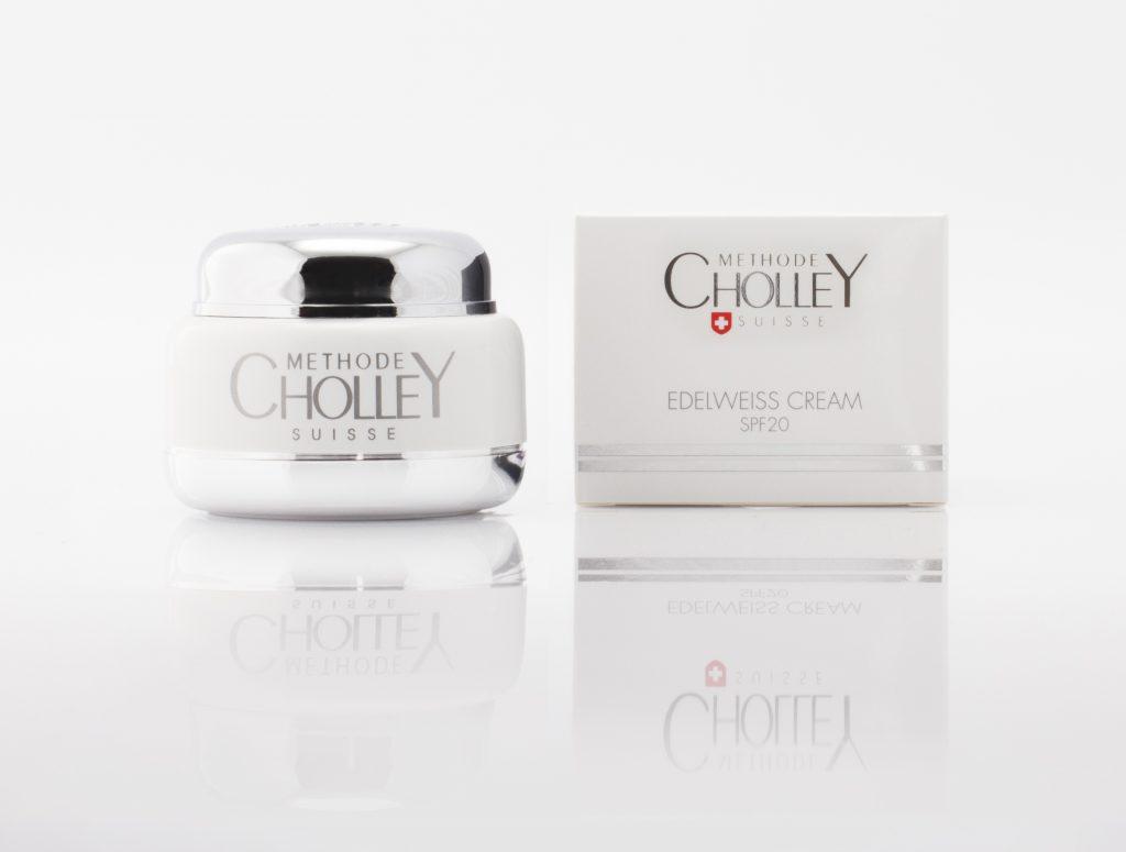 Защитный дневной крем с антиоксидантным действием SPF 20 Methode Cholley защищает кожу от UVA и UVB излучения, а также обладает мощным антиоксидантным действием благодаря содержанию экстракта эдельвейса, 9400 р.