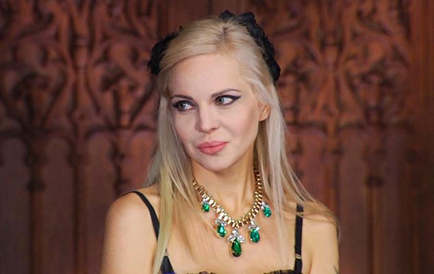Джулия на шоу «Битва экстрасенсов»
