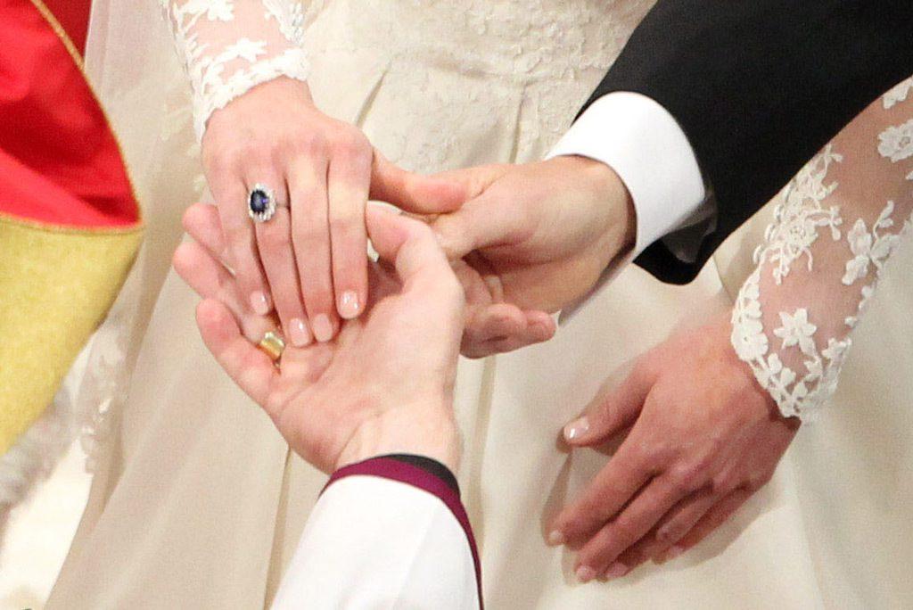 Свадебный маникюр Кейт Миддлтон