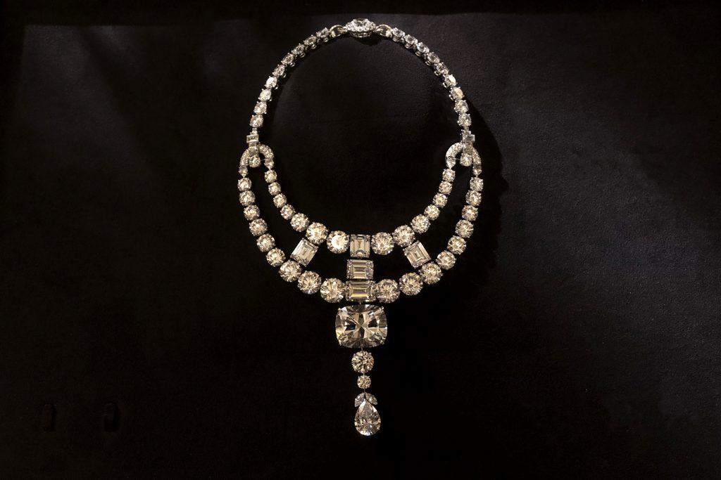 Ожерелье Cartier