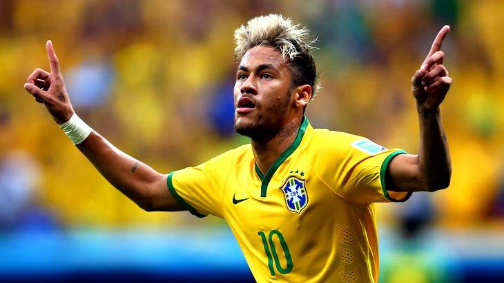Бразилец Неймар (27) играет за французский клуб «Пари Сен-Жермен»