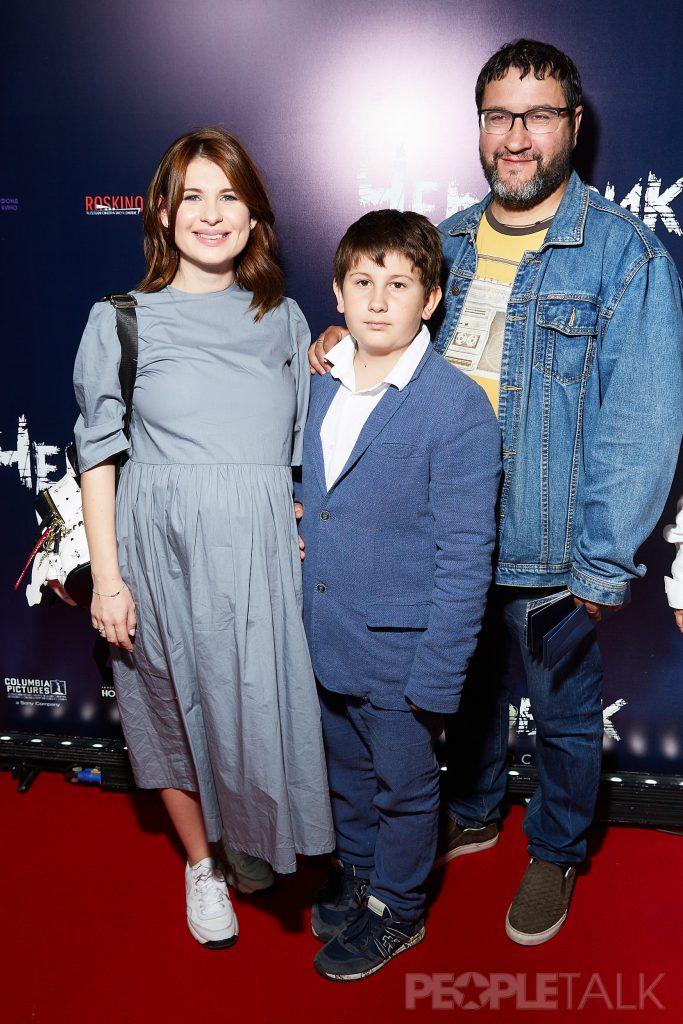 Анна Цуканова-Котт и Александр Котт с сыном Михаилом