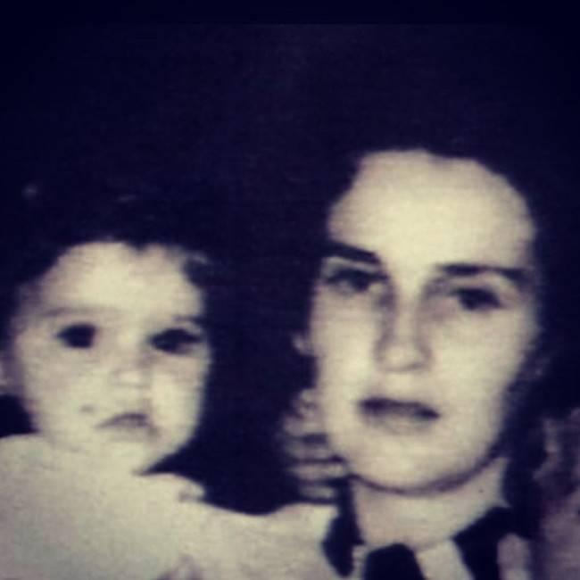 Мадонна с мамой
