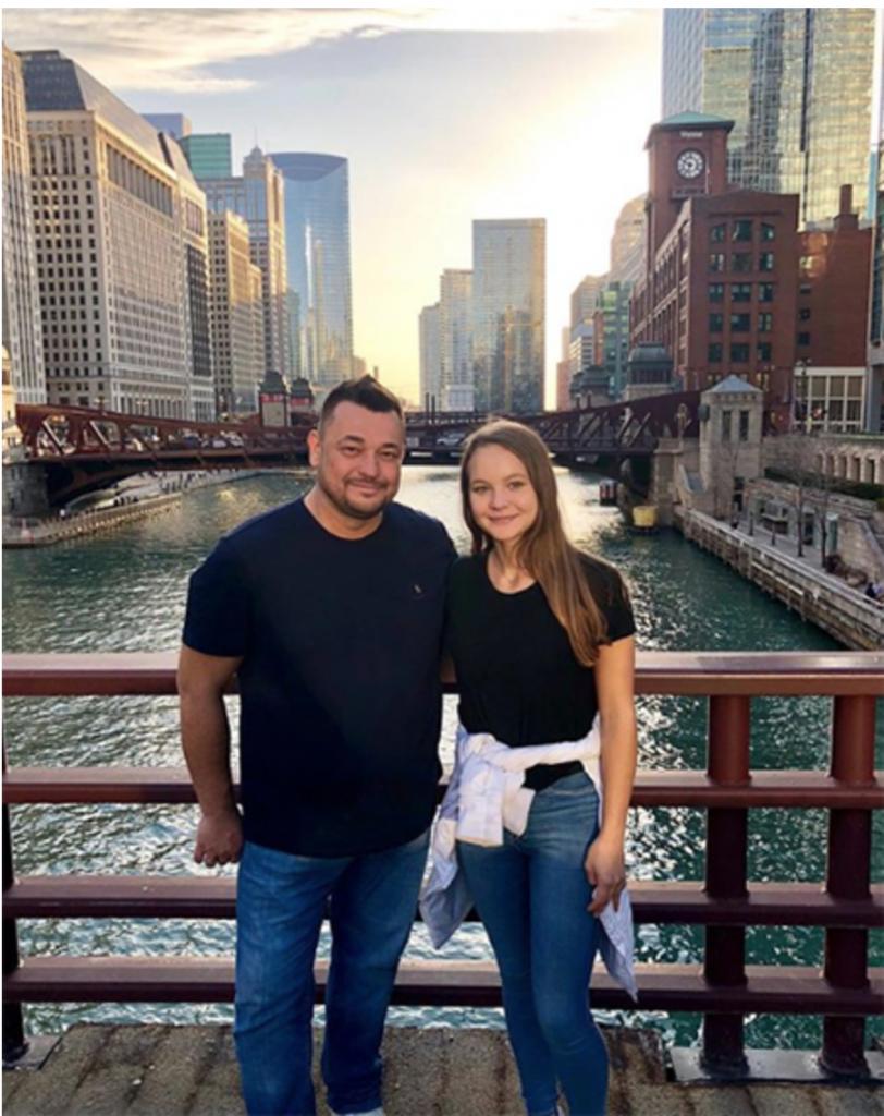 Сергей Жуков с дочерью в Чикаго