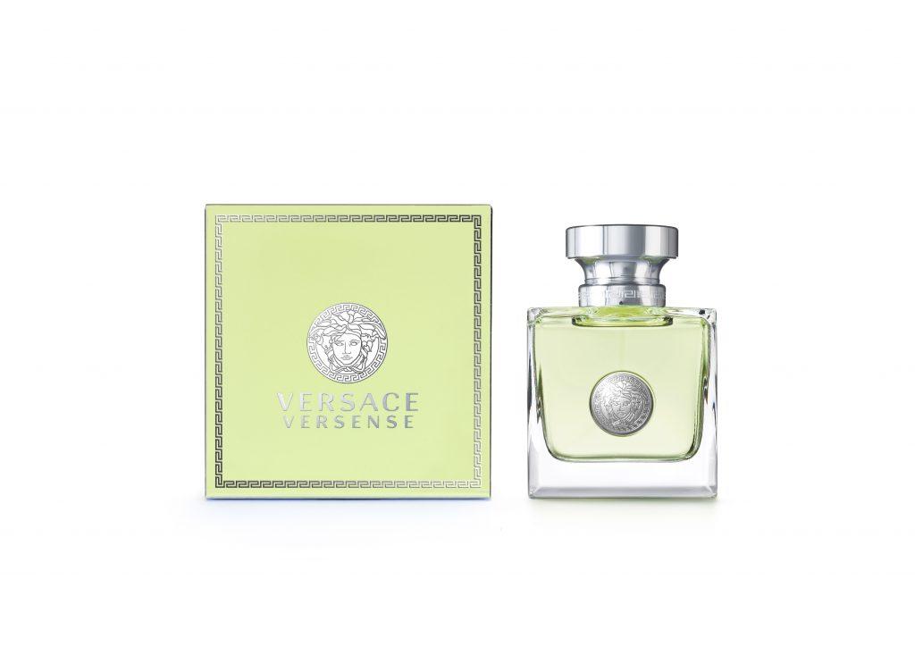 Аромат Versace Versense, объединяющий в себе дух Средиземноморья.  Он свежий и чувственный, воплощение самой природы – бескрайняя свобода, живительная энергия и гармония чувств. Цена по запросу