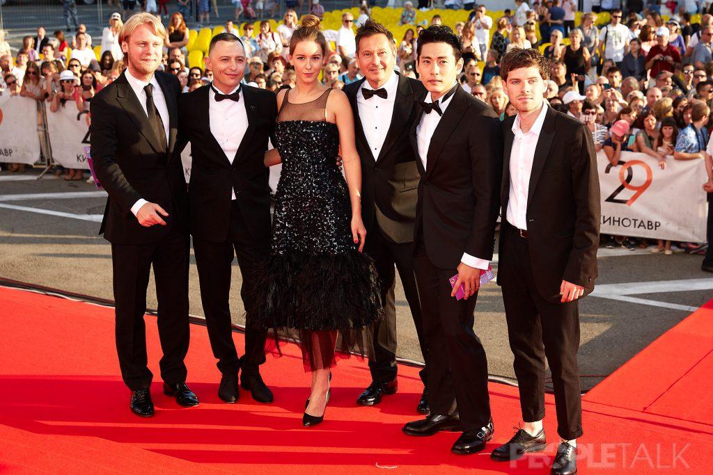 Съемочная группа фильма «Лето» на открытии «Кинотавра»