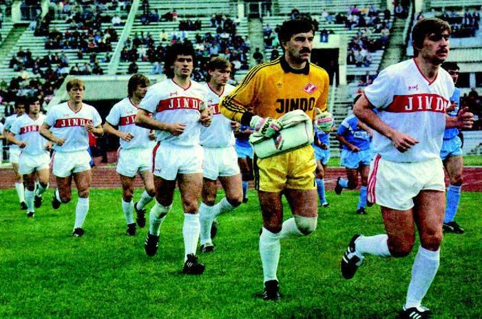 Станислав Черчесов с командой