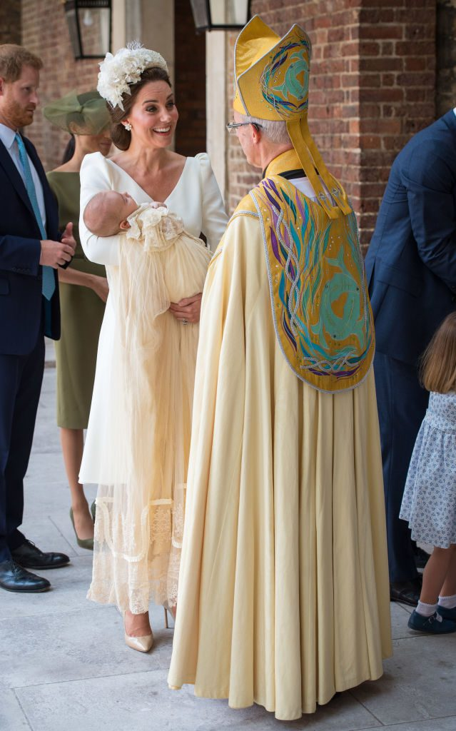 Кейт Миддлтон и принц Луи на крестинах