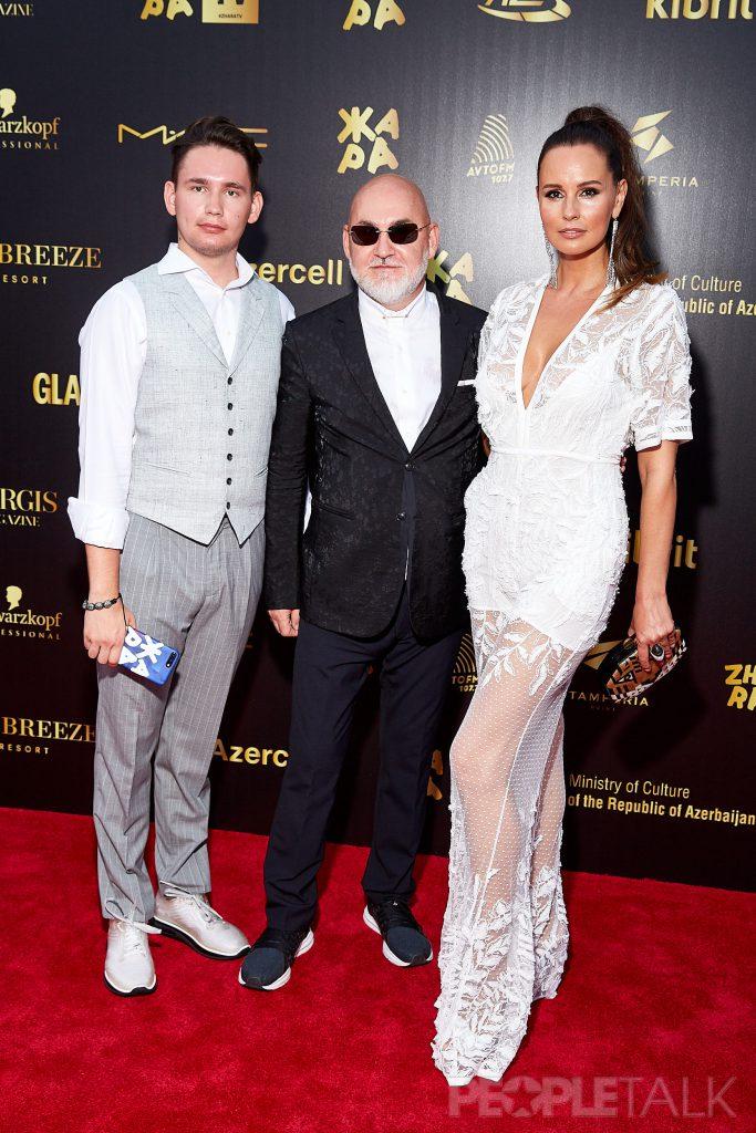 Сергей Кожевников с сыном и супругой
