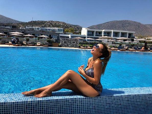 Анфиса Чехова (40) на острове Крит