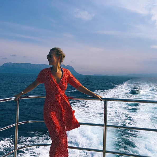 Ксения Собчак (36) на острове Сардиния