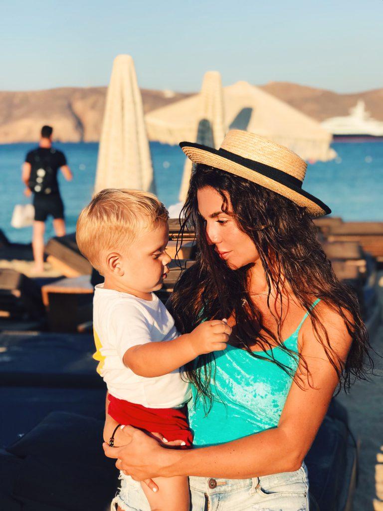 Анна Седокова с сыном Гектором