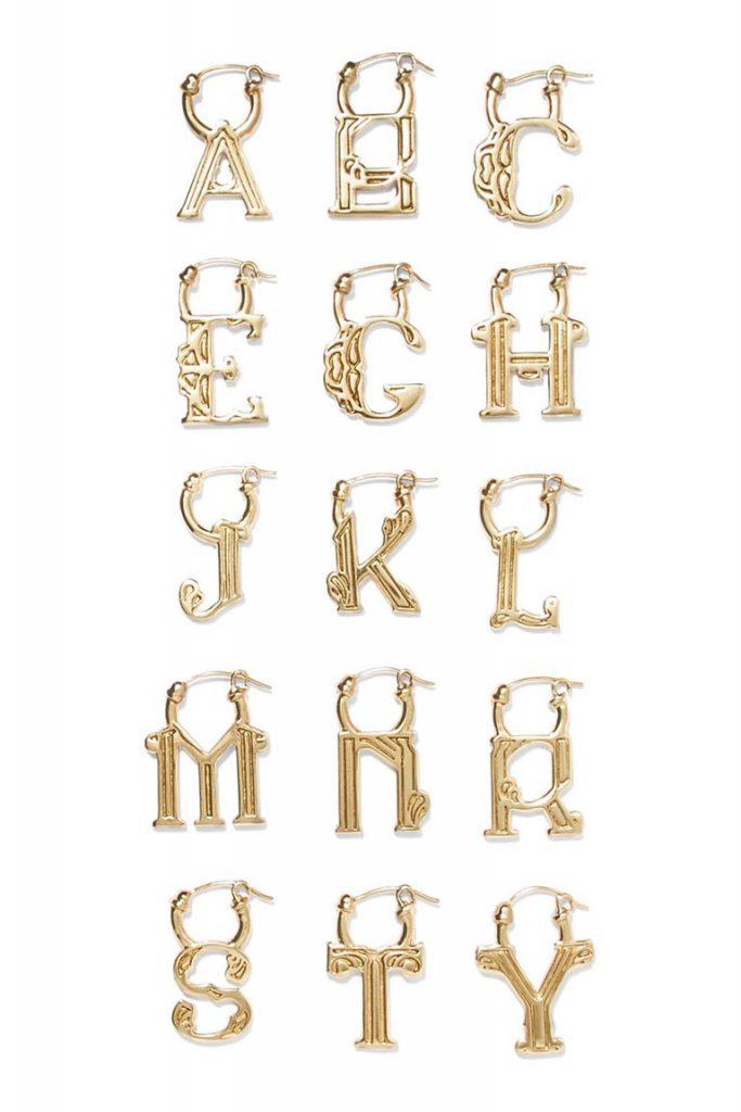 Полный алфавит с виде сережек Ellere за $200 (net-a-porter.com)