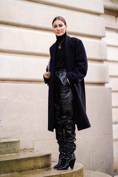 Складки, складки, складки. Кожаные сапоги с кожаными брюками смотрятся круто только в том случае, если сидят свободно.