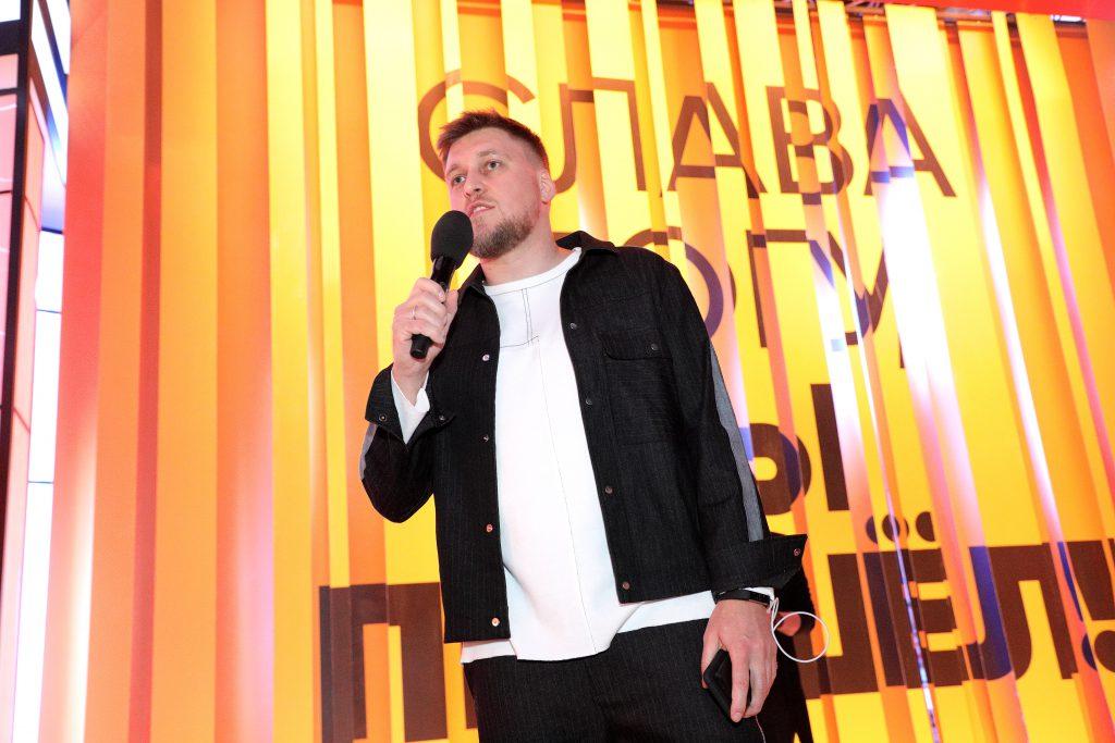 Шоу «Слава богу, ты пришел!»: Александр Незлобин