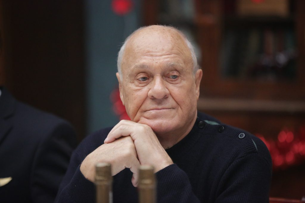 Владимир Меньшов
