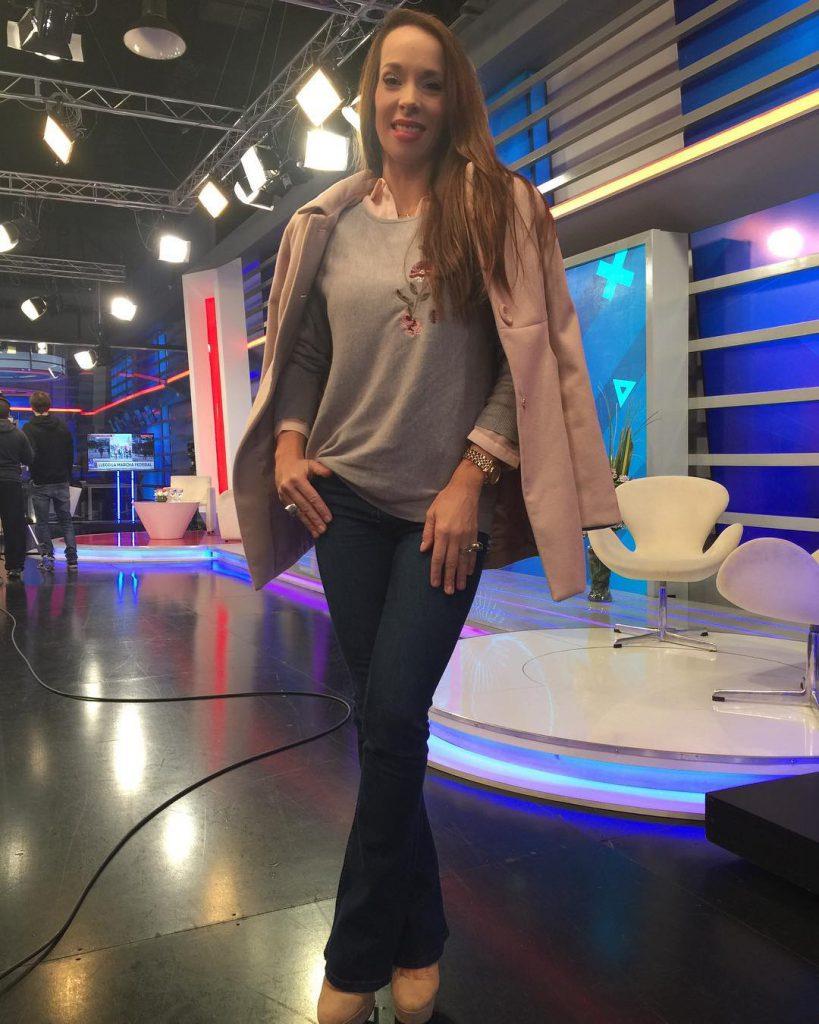 @victoriaonetto